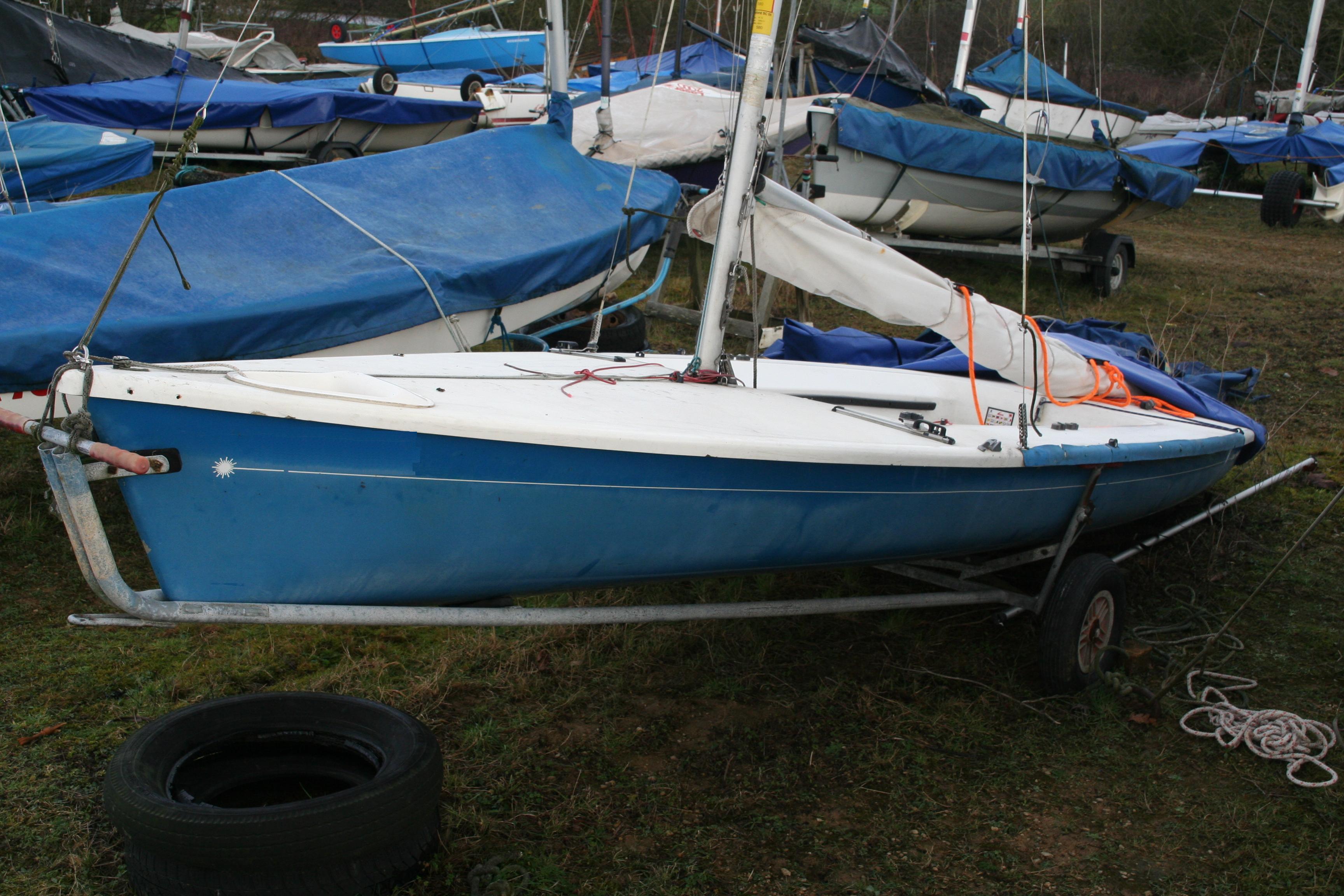 laser sailboat hull - photo #10